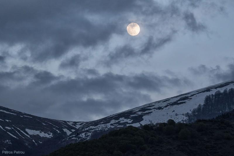 moon_rising_2015-05-02_prespes
